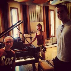Glücklich nach der Aufnahme im Studio 1 von Dorian Gray.